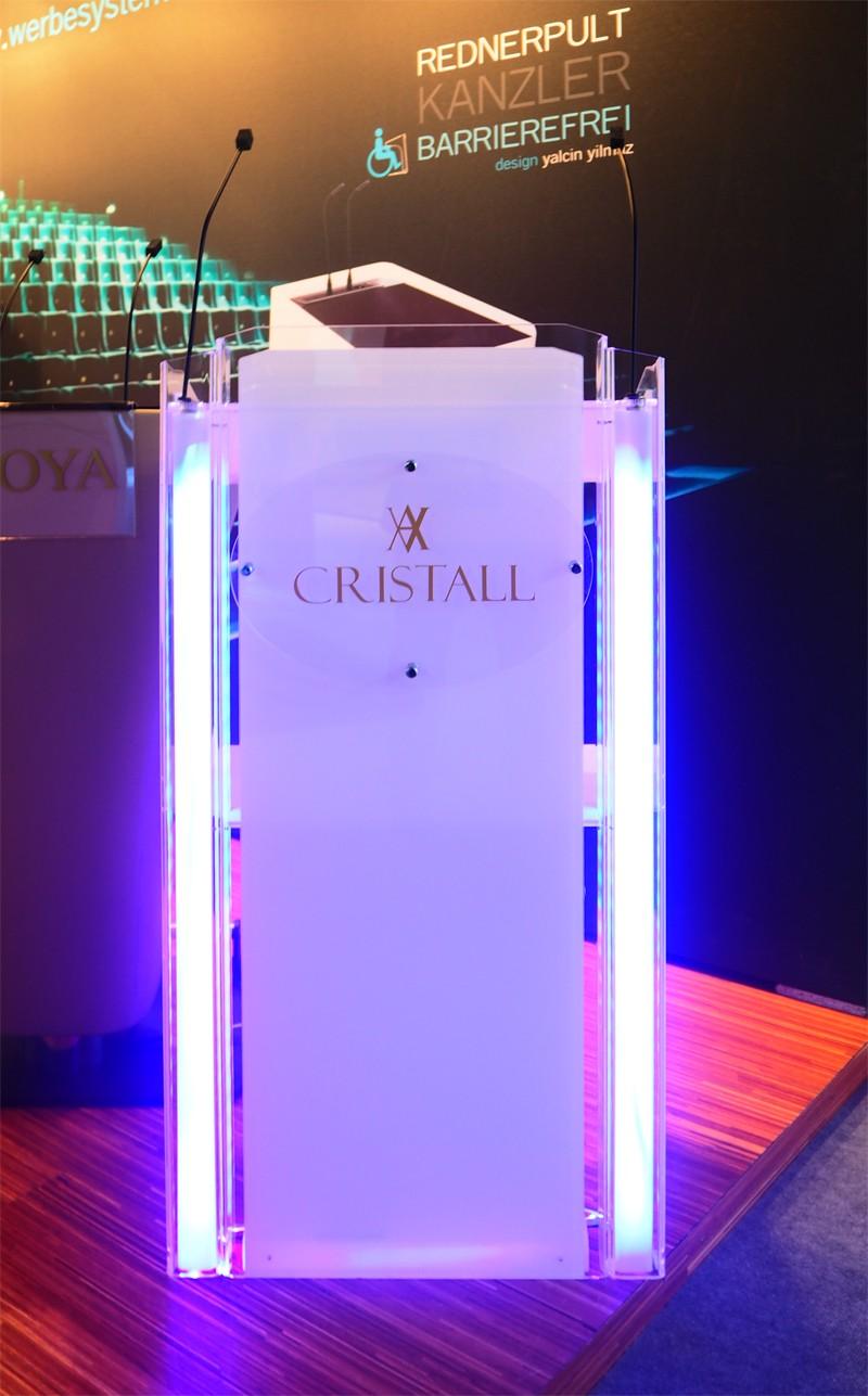 Cristall, Rednerpult