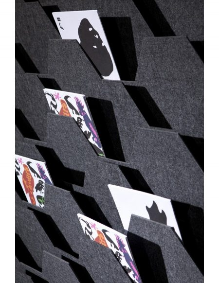 Felt Art Wabe, Wanddisplay, Wandmagazin Design, Berlin, Schweiz, kunstvoll,hochweritg,einzigartig