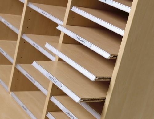 Hochwertige Prospektschränke für ihr Büro-p 3 5 2 1 3521 Nutzen von einem Prospektschrank bzw. Postfachschrank-