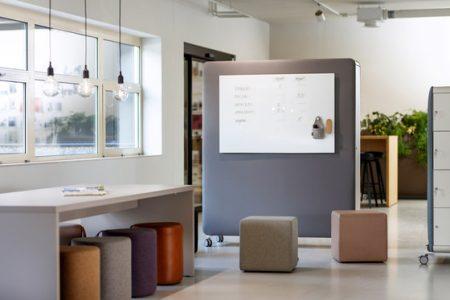 Pillow Akustik mobiler Raumteiler mit Whiteboard