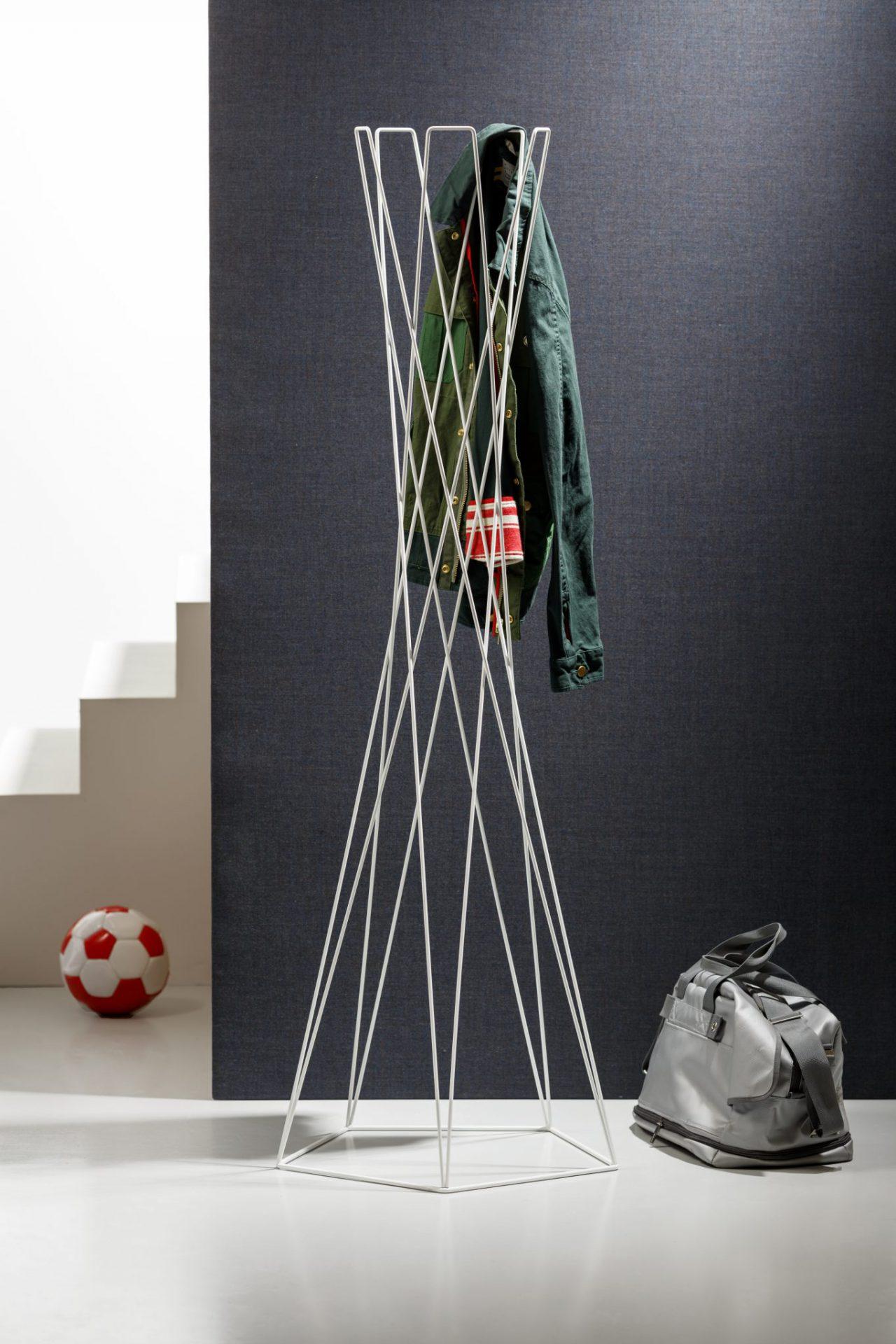 Garderobenständer Basket